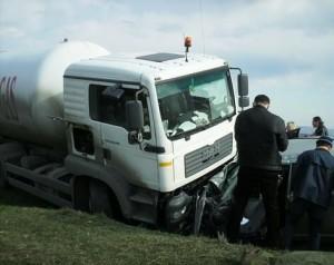 5 studenti de la Universitatea Emanuel din Oradea, implicati intr-un accident
