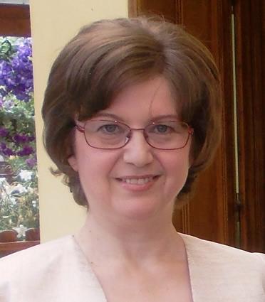dr-daniela-maris